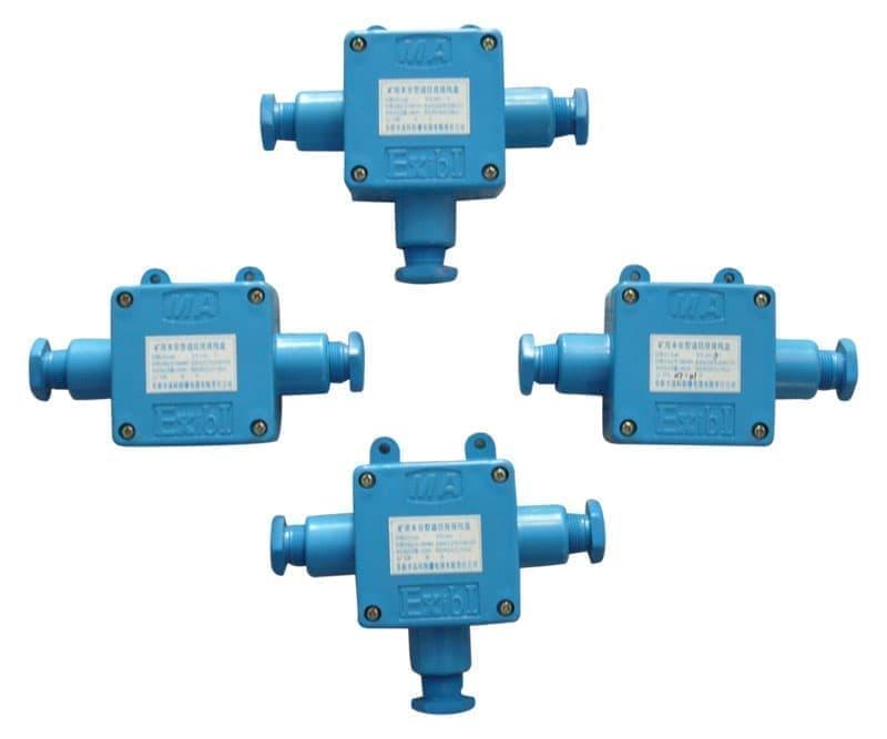 一、主要用途及适用范围 JHH-XT本安电路用接线盒属于矿用本质安全型固定式电话电缆多通接线盒。本接线盒具有良好的防尘、防潮性能,结构紧凑,体积小,重量轻,接线牢靠,不易拔脱电缆等特点。防爆标志:ExibI。 本接线盒可在有甲烷煤尘爆炸危险的矿井中适于使用安全型电气设备的各种地点上作为矿井通讯电缆多通接线和分线之用。 二、品种、规格 JHH-XT本安电路用接线盒包括8个品种:即-2T型(2通2对)、-3T型(3通2对)、-5T型(5通5对)、-10T型(10对)、-20T型(20对)、-30T型(30对)